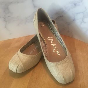 TOMS Linen Camila Ballet Flats